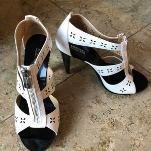 Michael Kors, new, sandal pump, white,$39